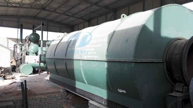 Used tyre recycling pyrolysis process plant Installation in Egypt