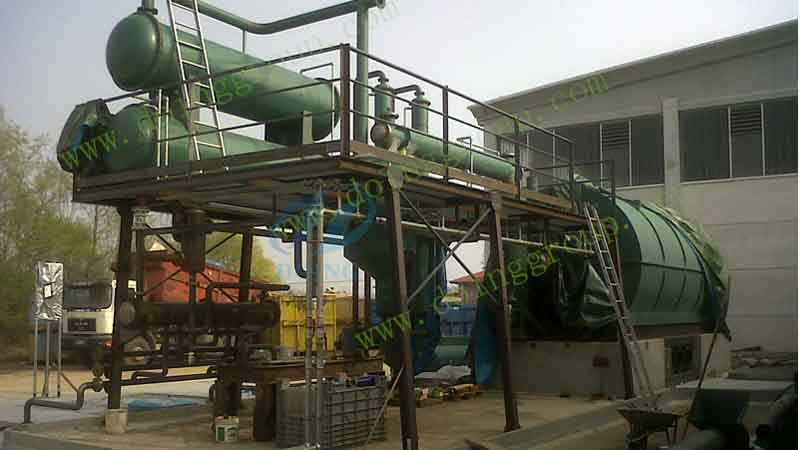 Waste plastic to oil pyrolysis plant set up successfully in Italy