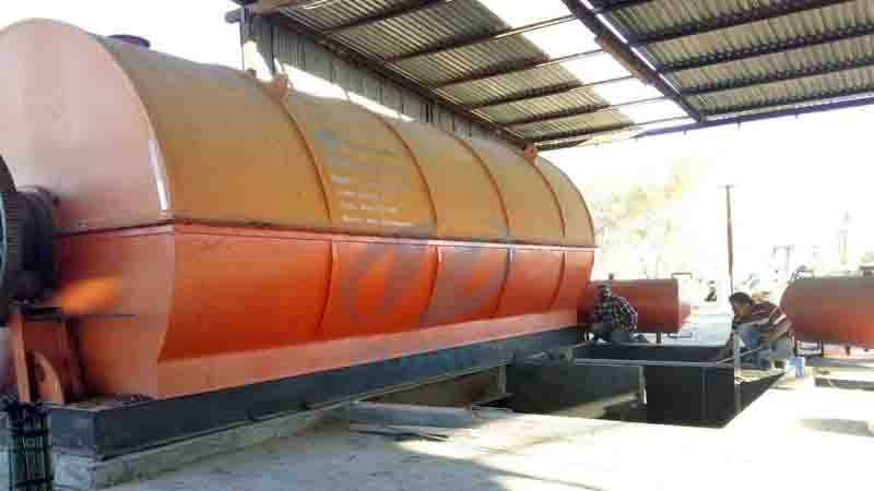 10T waste tyre recycling pyrolysis plant installed in Monterrey, Mexico