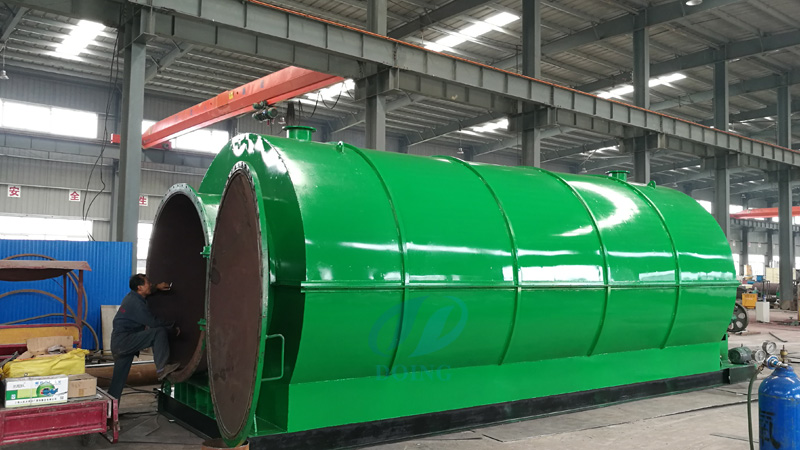 Yunnan customer bought waste tyre pyrolysis plant from Doing