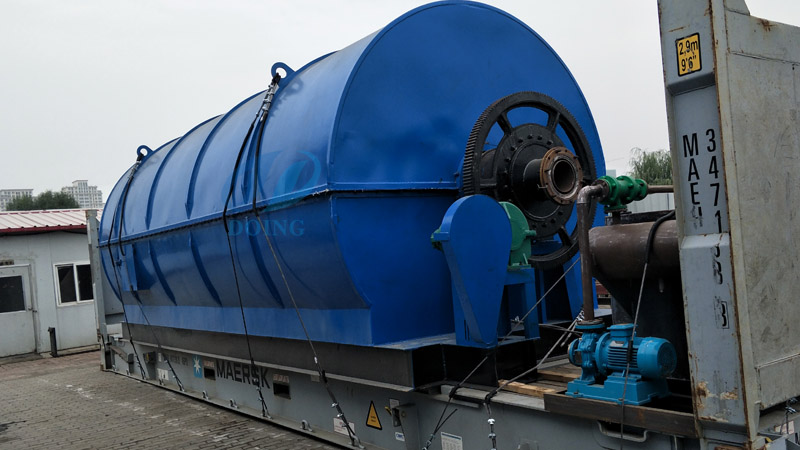 Ukraine customer buy 10ton capacity waste tyre recycling pyrolysis plant from Doing company