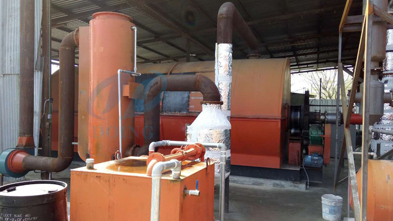 Tyre to oil recycling process pyrolysis plant installed in Mexico and reported by local news